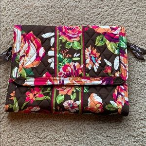 Jewelry carrier/organizer